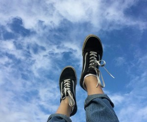 sky, blue, and vans image