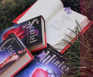 books, marissa meyer, and the lunar chronicles image