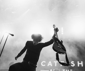 catb, catfish and the bottlemen, and van mccann image