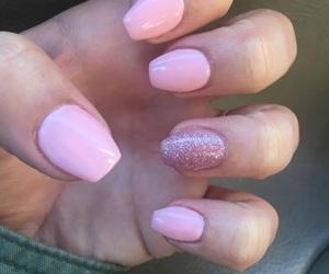 short coffin nails and short ballerina nails image