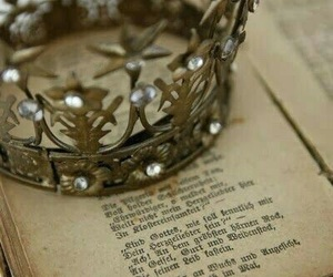 book and crown image