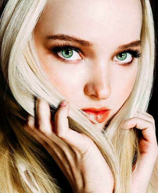 Dove Cameron Green Eyes Discovered By Michelle