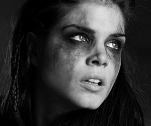 the 100, octavia blake, and marie avgeropoulos image