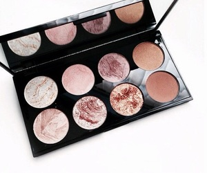 palette and rose gold image