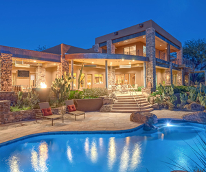 luxury and luxury real estate image