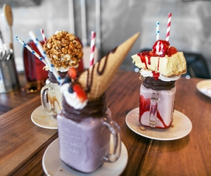 food, milkshake, and yummy image