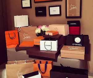 luxury, shopping, and girls image