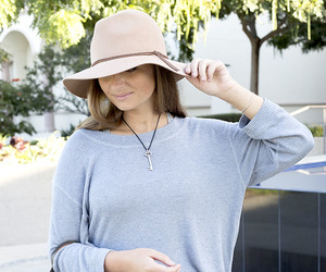 floppy hat, new england, and preppy style image