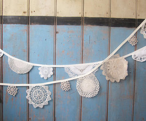 bunting and doily image