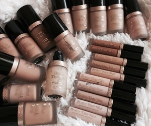 makeup, beauty, and Foundation image