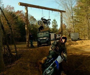 dirt bike, vine star, and hayes grier image