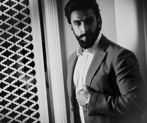 beauty, black and white, and bollywood image