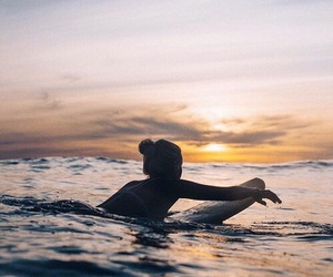 surfing and tumblr image