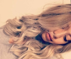 blonde, hairstyle, and badgirl image