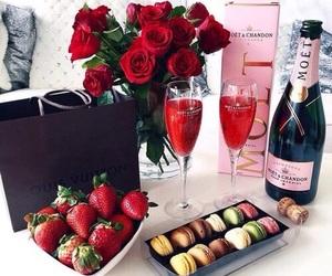 rose, luxury, and strawberry image