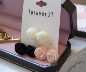 earrings, forever 21, and girly image