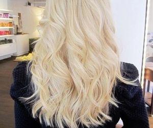 blonde hair, wavy hair, and girl image