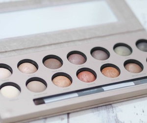 beauty, eyeshadow palette, and makeup image