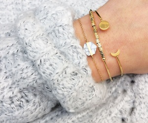 bracelet, cozy, and marble image