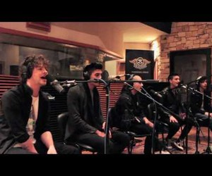 acoustic, tw, and the wanted image