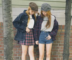 girly, korean, and bestfriend image