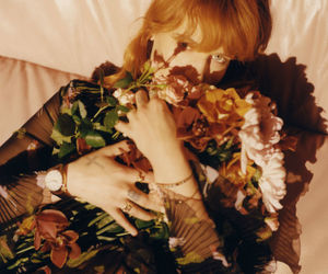 florence welch, florence and the machine, and flowers image