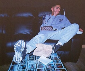 sneazzy image