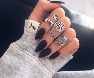 black, nails, and pretty image