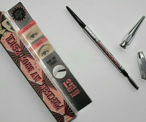 benefit and brows image