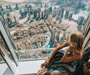 Dubai and style image