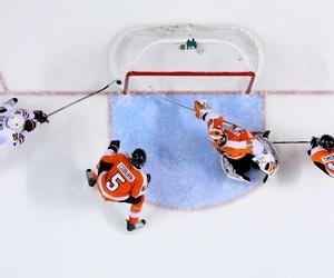 Ice Hockey, jonathan toews, and chicago blackhawks image