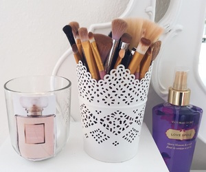 Brushes, chanel, and details image