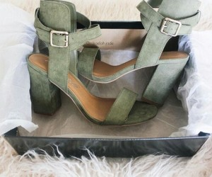 accessories, fashion, and green image
