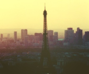 aesthetic, eiffel tower, and parís image