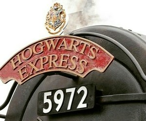 harry potter, hogwarts express, and hp image