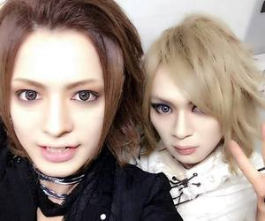 gossip, diaura, and visual kei image