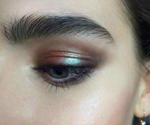 makeup, tumblr, and metallic eyeshadow image