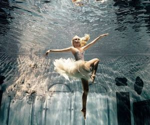 water, underwater, and dance image
