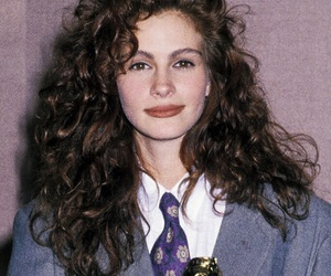 90's, curly, and juliaroberts image
