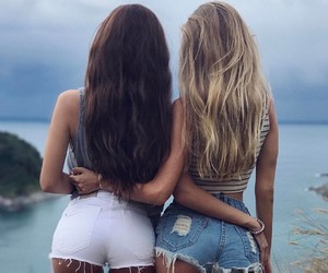 girl, bff, and hair image