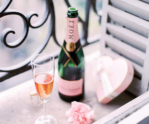 champagne, moet, and flowers image
