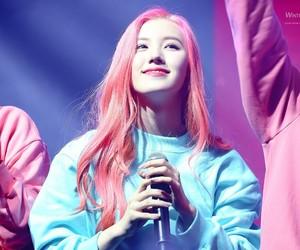 k-pop, siyeon, and pristin image
