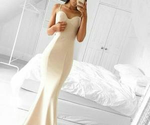 blanco, vestido, and fashion image