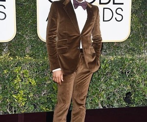 golden globe and donald glover image