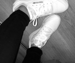 black, schuhe, and shoes image