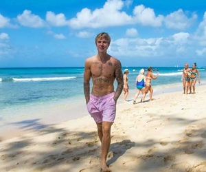 justin bieber, bieber, and beach image