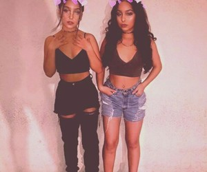 fashion, outfit, and twins image