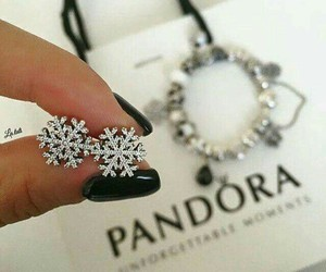 accessories, fashion, and snowflake image