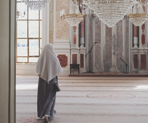 mosque, hijab, and muslim image