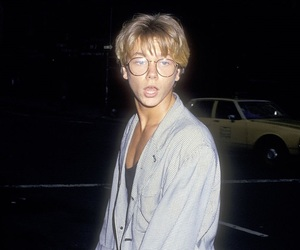 river phoenix, boy, and 80s image